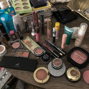 Lots of Makeup-Bundle Items